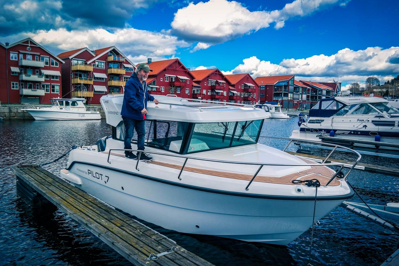 Henning, rolig båtplass