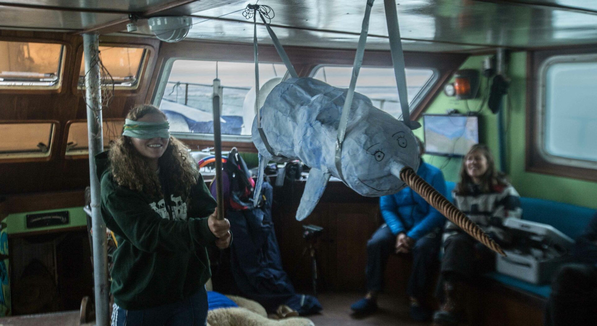 Manuelas bursdag. Dette var det nærmeste vi kom å se den eksosotiske dyrearten narhval. Fotoꓽ Ben Cooke