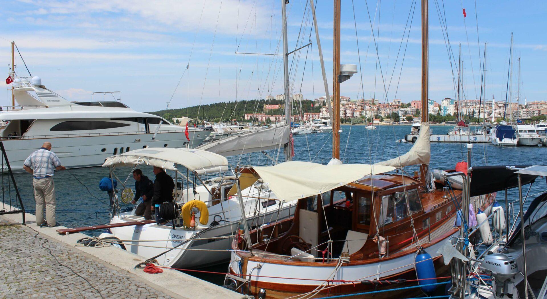 Tyrkia Canakkale marina